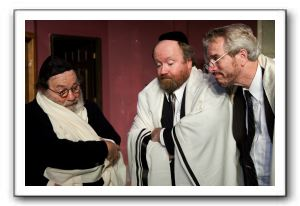 Ron Sarro as Schlissel, Stephen Rourke as Alper, Mick Tinder as Zitorsky