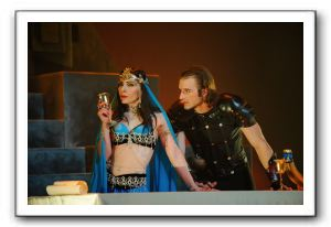 Ben Cunis and Irina Tsikurishvili as Antony and Cleopatra
