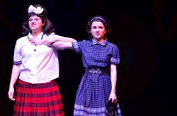 Emma Sheffer (Tracy Turnblad), Rory Beckett ( Penny Pingleton)