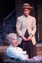 Helen Carey as Mary Tyrone and Helen Hedman as Cathleen