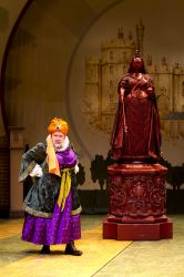 David Schramm as Falstaff