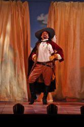 Jesse J. Perez as Florindo