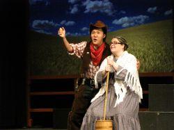 Purev Arslanbaatar (Curley), Maureen Iredell (Aunt Eller)