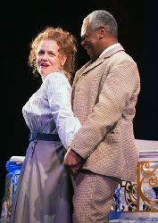 Maria (Tonya Beckman) and Sir Toby Belch (Craig Wallace) having a bit of fun