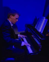 Matt Jeffrey (Pianist)