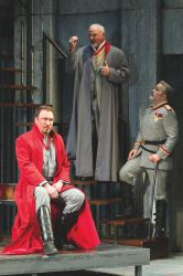 Patrick Page as Coriolanus, Robert Sicular as Menenius and Steve Pickering as Cominius