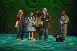 Gabrielle Bullard (Scarecrow), Erica Glaser (Dorothy), Anna Bradley (Lion), Anna Merod (Tinman), Claire Gilman (Toto)