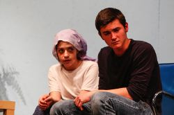 Katie Wattendorf as Bessie and Noah Mutterperl as Hank