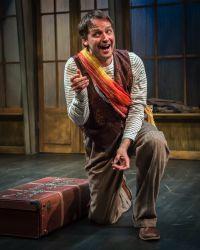 Marcus Kyd as Guy de Bonheur