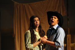 Amelia Heesen as Laurey and Billy Weber as Curly