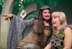 Snake (Laura Giannarelli) & Eve (Lynn Steinmetz)